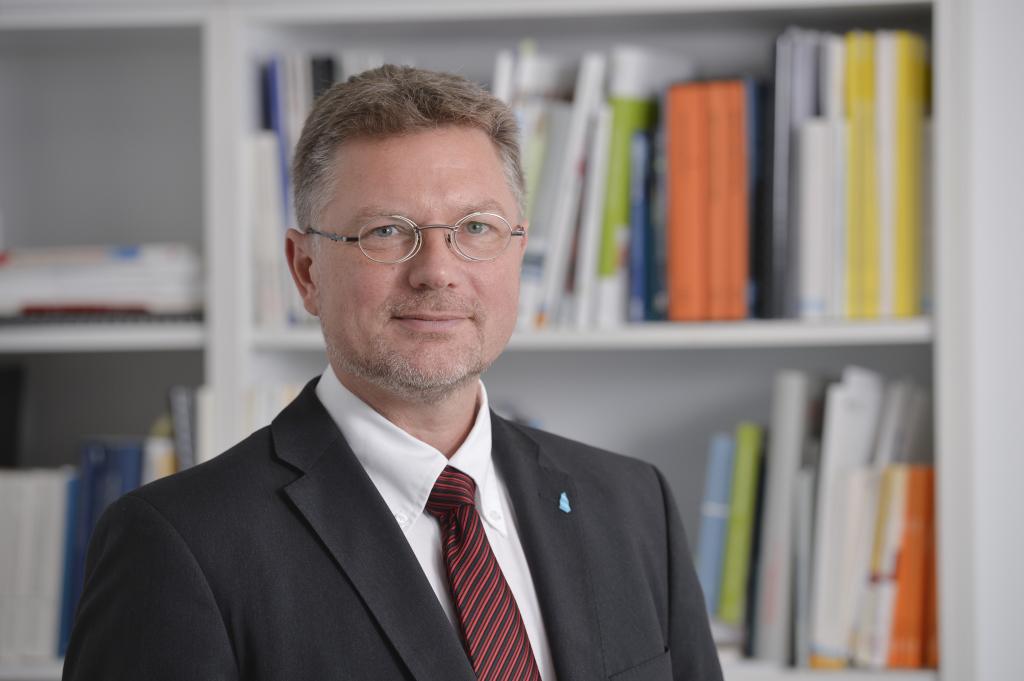 Foto von Prof. Dr. Christian Schröder - Vizepräsident für Forschung, Entwicklung, Transfer - Fachhochschule Bielefeld University of Applied Sciences